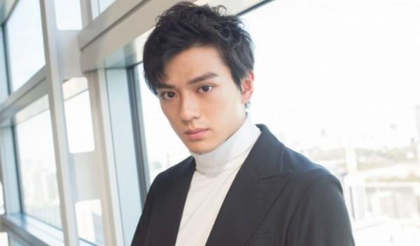 新田真剣佑の弟は岡山の高校出身?本名は?