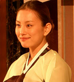 本名 米倉 涼子