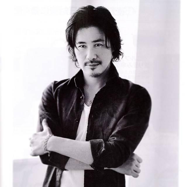 鈴木一真は俳優デザイナーとしても活躍!  現在はどうしているのか
